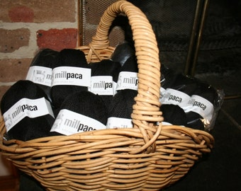 Alpaca Yarn - Black or White