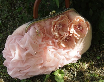 "Felted handbag ""Gentle rose"" Pink Purse on Metal Frame"