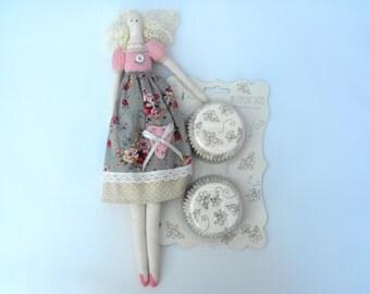 REDUCED Meri Meri Elegant Gold Fairy Cake/Cupcake Cases