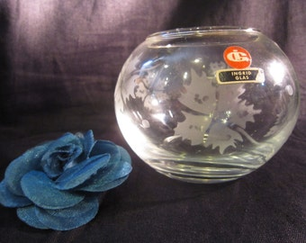 Vintage 60-s 70-s Ingrid Glas Germany Clear Glass Vase Engraved Flowers