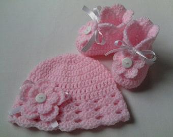 Crochet Baby Hat and Booties Set children gift