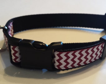 Marroon/White Chevron Dog Collar