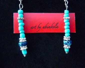 Necklace and earrings set in blue and turquoise