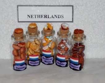 Set of 5 MINIATURE COOKIES for the NETHERLANDS Keepsake - One of the Anndora Collectionss of International Polymer Clay Cookie Sets.