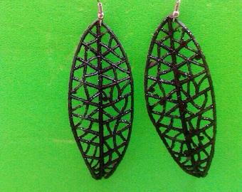 Black Glittery Leaf