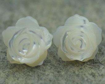 Flower Shell Earrings, Sterling Silver, Wedding,Love,Happiness,bridal,birthday,graduation, E13