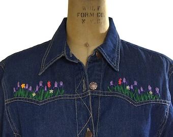 SALE Embroidered Denim Jacket / Vintage 1970s Boho Jean Jacket with Embroidery / Dark Wash