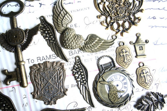 15 Piece JEWELRY Supplies FINDINGS Pendant SUPPLIES Steampunk Variety Lot 3