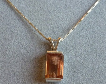 6 ct light red 12MM x 8MM rectangular Oregon sunstone pendant with sterling baby box chain