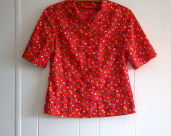 ON SALE! Vintage Handmade Blouse - Red Calico - Woman's - Ladies - Well Made - Size Small - Kitsch Top