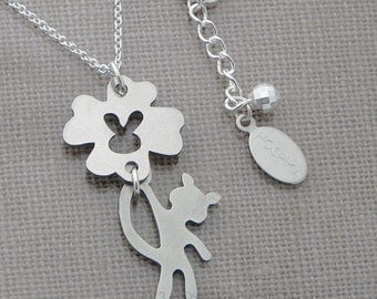 Swing Kitty Necklace, Clover