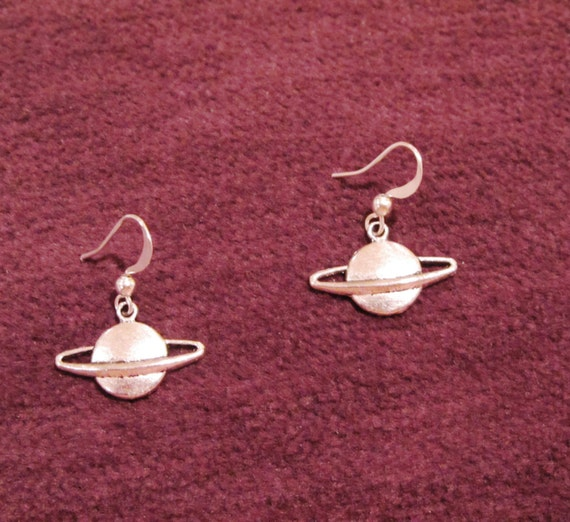 planet saturn earring - photo #15