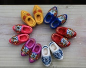 Dutch Wooded shoes for Blythe,Pullip, Momoko and simillar dolls Miniature DollyClogs from Holland