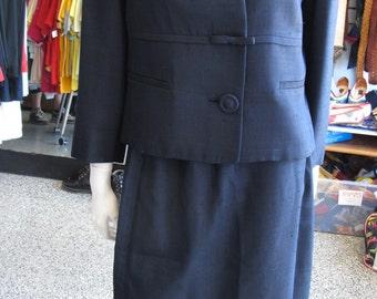 1950s navy silk shantung two piece skirt suit sz 8