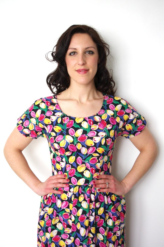 80s does 50s Vintage black dress with a pattern of red, pink and yellow tulip flowers - small - medium - S -M