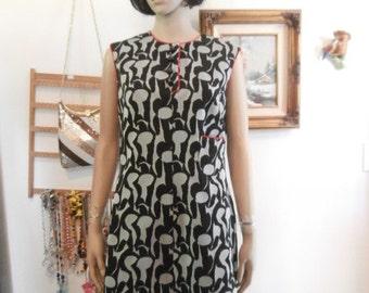 Women's 70's Black& Gray  trimmed in Red  Op Art Print KAY WINDSOR  Dress