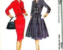 UNCUT * Vintage  McCalls  Pattern 5511 - CHIC Suit with Slim or Full Skirt / Cropped Double Breasted Jacket - Bust 34
