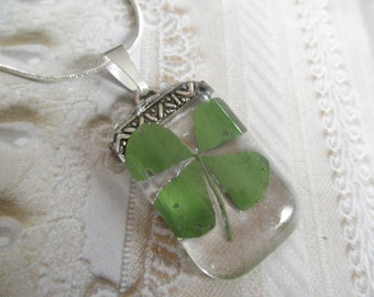 4 Leaf Clover Glass Rectangle Pendant-Lucky Me-Symbolizes Love, Luck, Hope, Faith-Gifts Under 30-Nature's Art