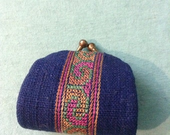 Vintage coin purse.  Blue.  Vintage 1980.
