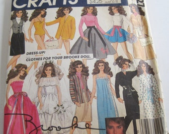 Vintage McCall's Crafts Sewing Pattern 8727 Clothes for your Brooke Doll..