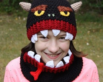 My Hat Is Eating My Head, Hat and Cowl Set, Monster Hat, Monster Beanie, Monster Cowl, Winter Set, Halloween Costume, Holiday Gift