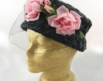 1960s Black Straw hat with White Roses - Black and Pink Floral 60s hat
