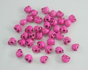 38 pcs. Tiny Shocking Pink Skull Head Beads Charms Pendants Decorations Findings 8 mm. BD SK8 SP