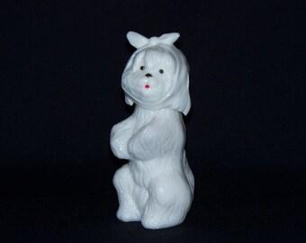 Collectible Avon Milk Glass Dog Figural Perfume Bottle (767-1)