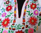 1970s Vintage Floral Embroidered Rainbow Colors Short Sleeved Romantic Summer Short Cotton Blouse/Shirt