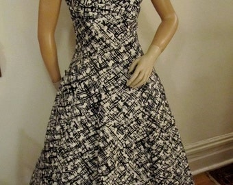 SALE 20% Off    50's Black and White Abstract Print Cotton Rockabilly Dress