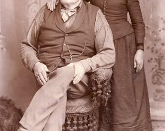 COUNTRY Grandma + Grandpa In Wonderful CHARACTER STUDY Cabinet Photo Circa 1890s