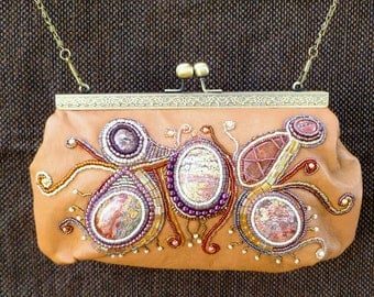 Bead and gemstone embroidered leather purse/handbag with kiss-clasp.