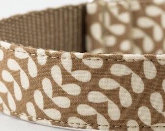 Mod Floral Dog Collar - Brown