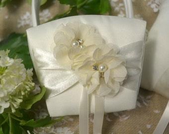 Flower girl basket ... wedding day ceremony ... ivory wedding ... floral wedding ... flower girl ... wedding basket