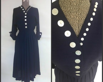 Vintage 1950s Dress, 50s Dress, Navy Dress, M Medium, Mother of Pearl Buttons, Swing rockabilly pinup, 1940s 40s, Dolman Sleeves