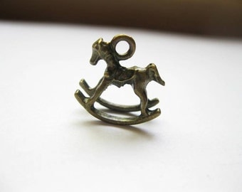 SALE - 5 Rocking Horse Charms in bronze tone - C1393