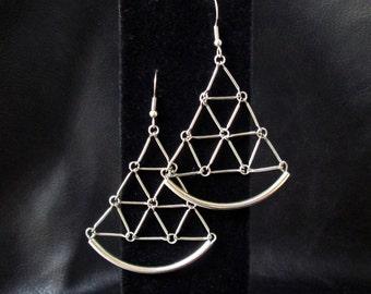 Geometric silvertone earrings, modern geo jewelry, triangular earrings, triangles, link grid, sector earrings