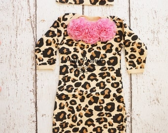 Newborn Leopard baby girl outfit, Newborn Leopard gown, Infant gown, Going home outfit, Hospital outfit, leopard baby clothes, baby gown
