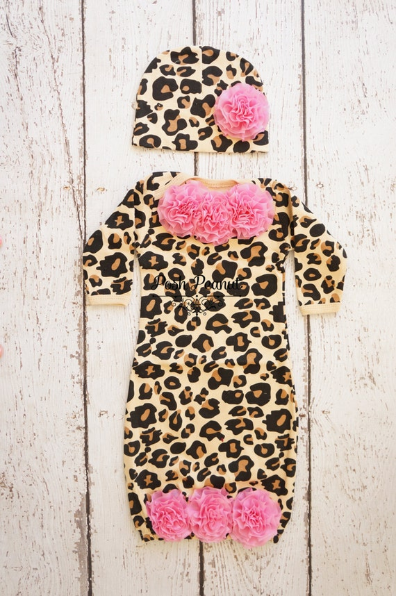 Pair will solid colored baby pants, like the black baby pants; add in the leopard print baby clothes as a touch of flair to the entire outfit. Give your little baby girl the leopard hat on those cold days or nights and always have them looking stylish.
