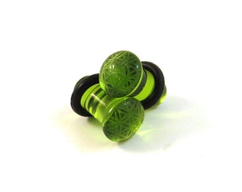 Flower of Life Green Glass Single Flare Plugs - PAIR - 6g (4mm) 2g (6mm) 0g (8mm) 00g (9mm) (10mm) Sacred Geometry Ear Gauges