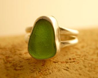 Thick Jade Green Genuine Sea Glass ring set in Fine Silver with a double Sterling Silver band