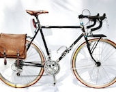 Bike pannier, cycling accessory, brown messenger bag