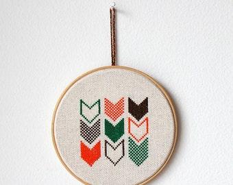 "Chevron - Embroidery in wooden hoop 5"" - Geometric - Minimalist - Gift idea"