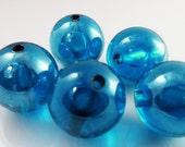 10 Vintage 17mm Transparent Sapphire Blue Lucite Beads Bd1075