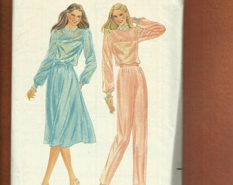 Vintage 1980s  Butterick 3485 Tapered Leg Pants, Flared Skirt & Retro 80's Victorian Blouses Size 8 UNCUT