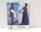 Issey Miyake Sewing Pattern Vintage maxi dress mini sundress color block Vogue 1563 Designer Original 1990s Japanese size 8 10 12