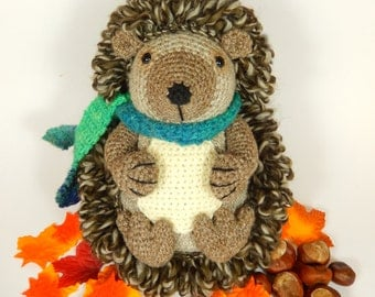 Hedley the Hedgehog - Amigurumi Crochet Pattern.