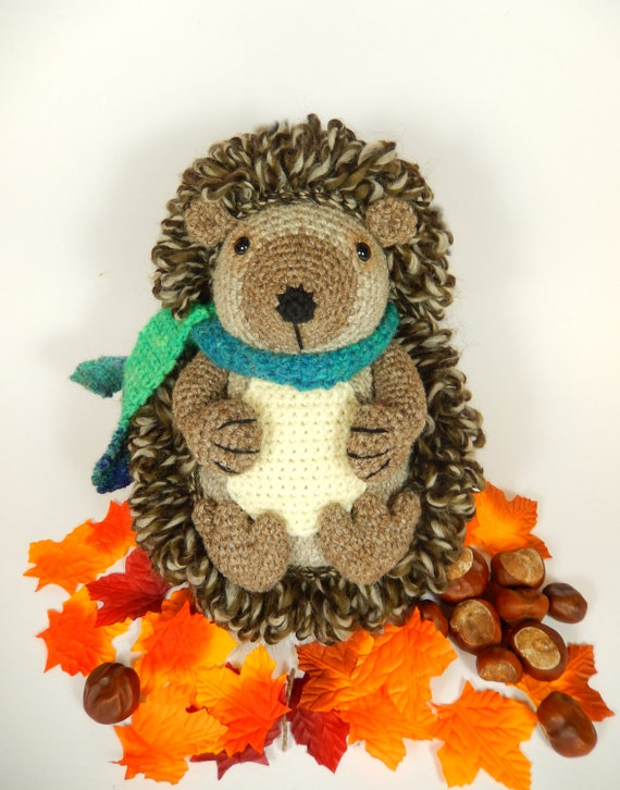 Hedley the Hedgehog, Amigurumi Crochet Pattern.