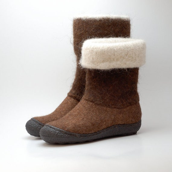Felt wool boots chesnut brown - felted winter wool boots