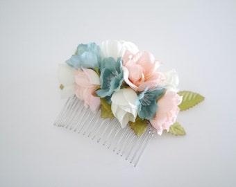 Bridal Hair Comb - Floral Hair Comb - Silk flower Accessories - Hair Fascinator - Weddings - bridesmaids haircomb